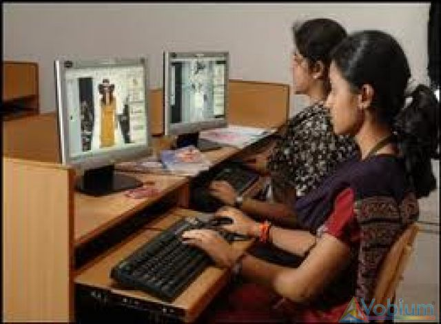 Computerized Designing Fashion Designing Course Training